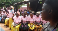 Women cocoa farmers and members of the Awewoho-Manhyia Village Savings and Loan Association in Ghana