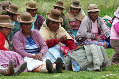 Women from a farming community in Puno, Peru. © CARE / Alice Hutchinson